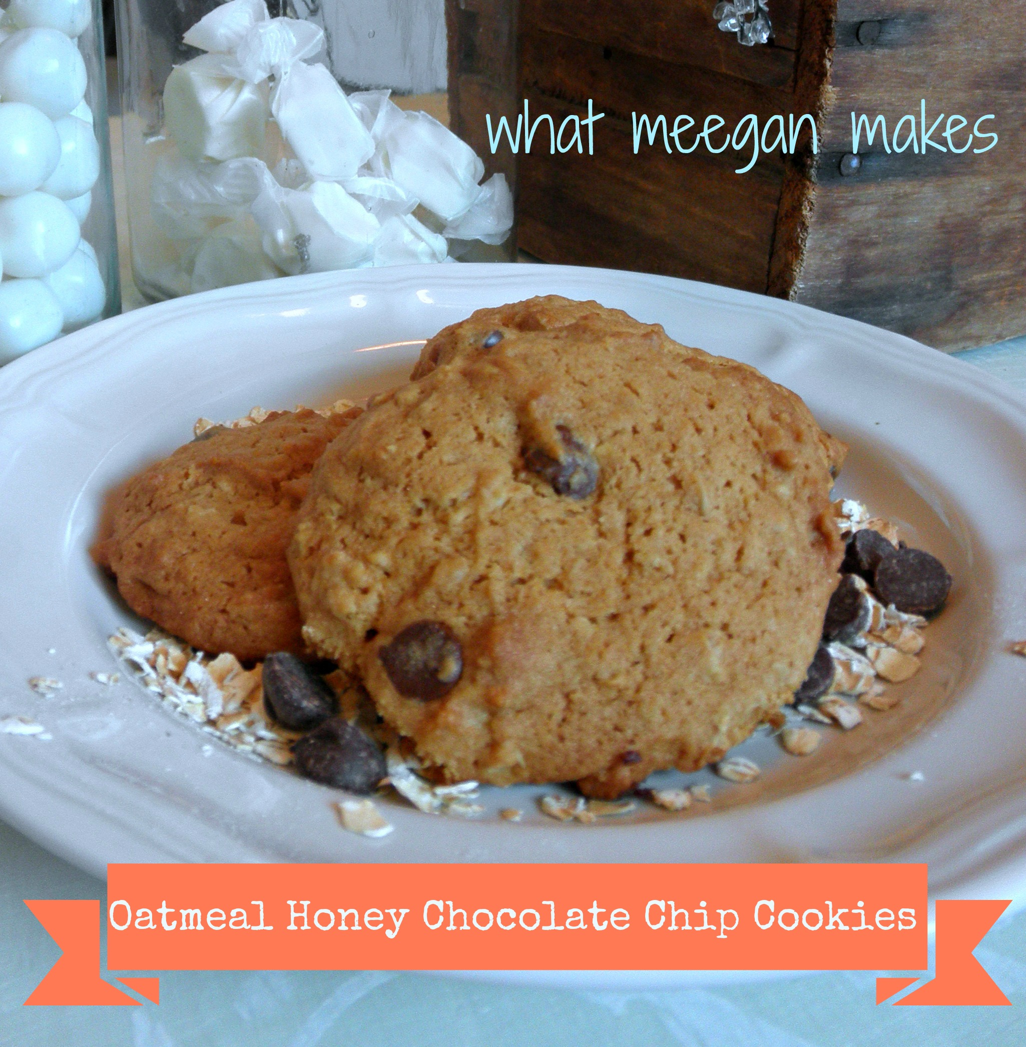 Oatmeal Honey Chocolate Chip Cookies