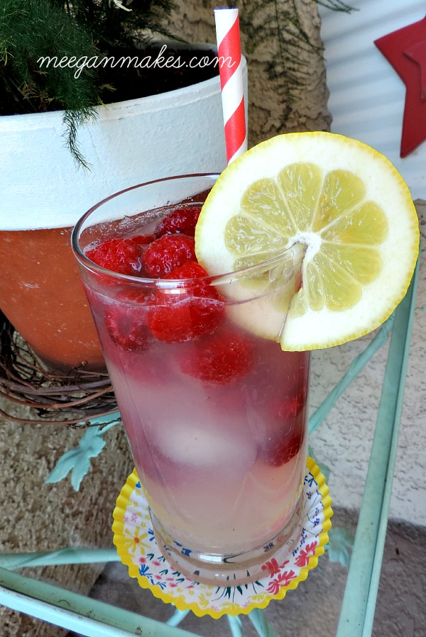 Easiest Raspberry Lemonade