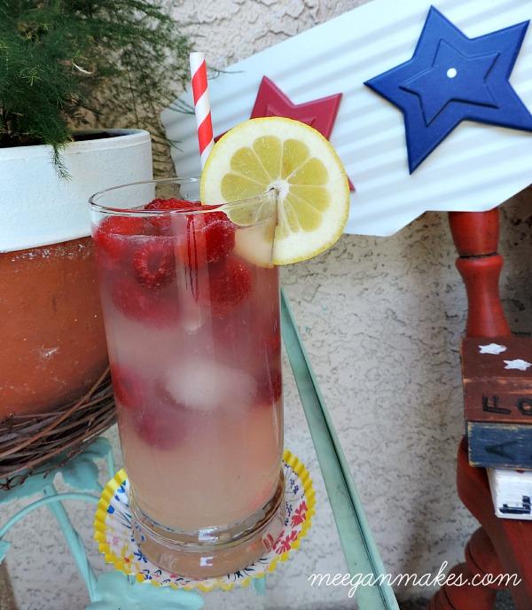 The Easy Raspberry Lemonade
