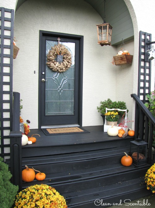 Resized-Fall-Front-Porch3