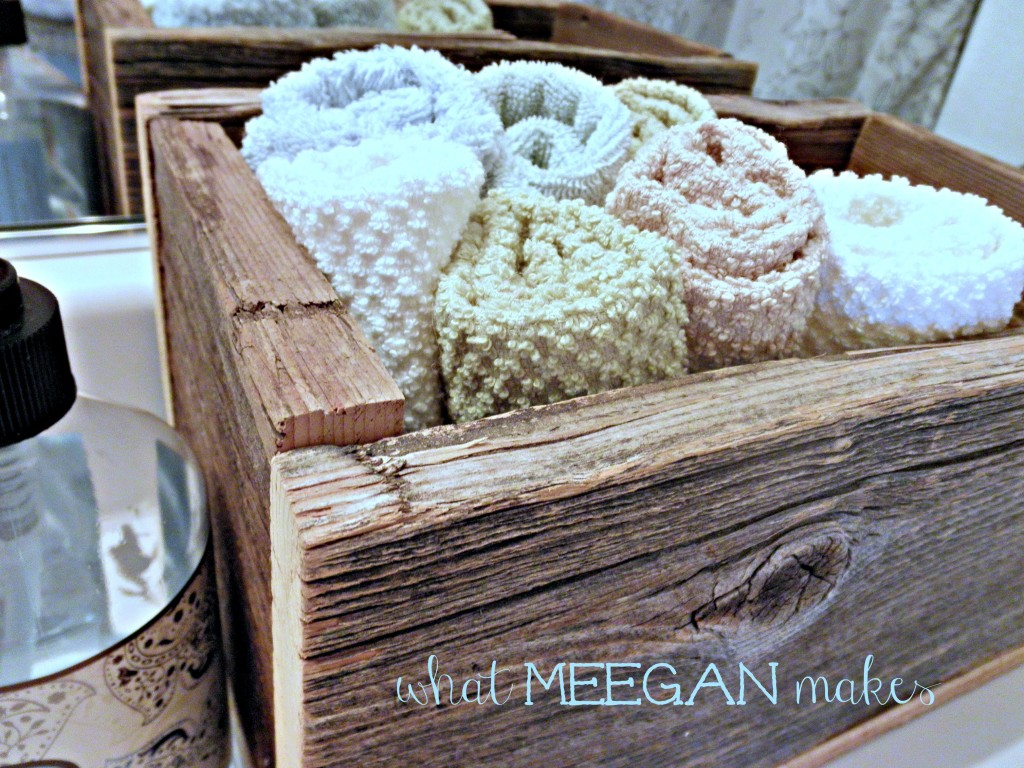 22 Ways to Use Barn Wood Boxes