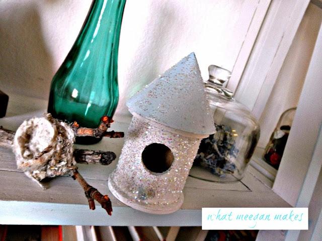 Birds and Birdhouses in Home Decor