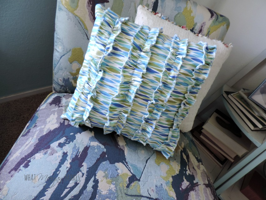 How To Sew a Ruffled Pillow