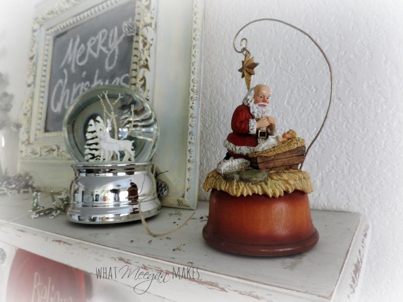 Christmas Santa Shelf