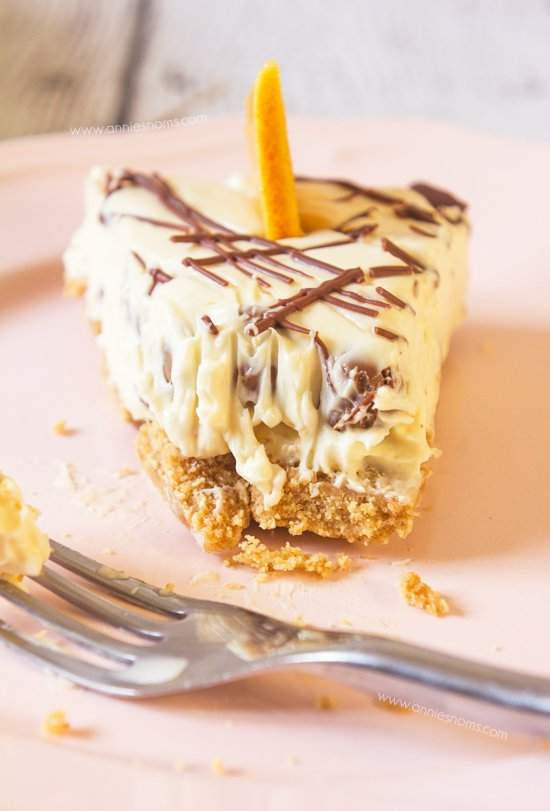 550x811xChocolate-Honeycomb-Cheesecake-11.png.pagespeed.ic.aWGty-eZ2a