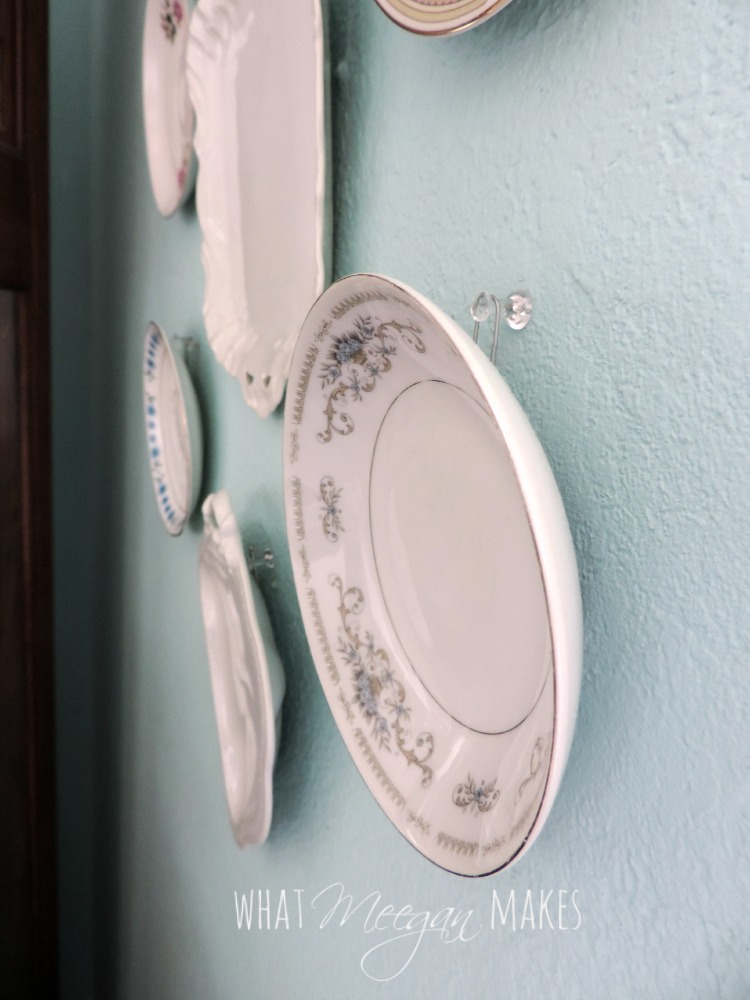 Hang Plates with Hot Glue and Paper Clips1