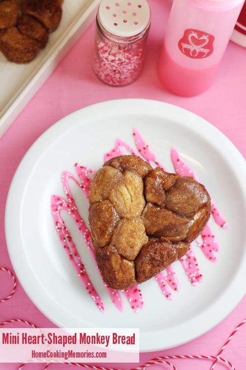 Mini-Heart-Shaped-Monkey-Bread