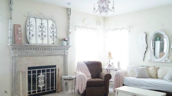 Cottage-White Lace Cottage