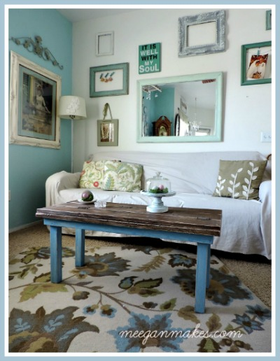 Farmhouse Coffee Table Makeover Button