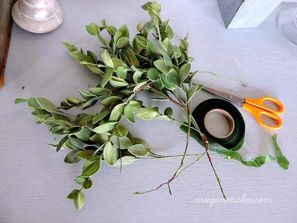 DIY Leafy Wreath