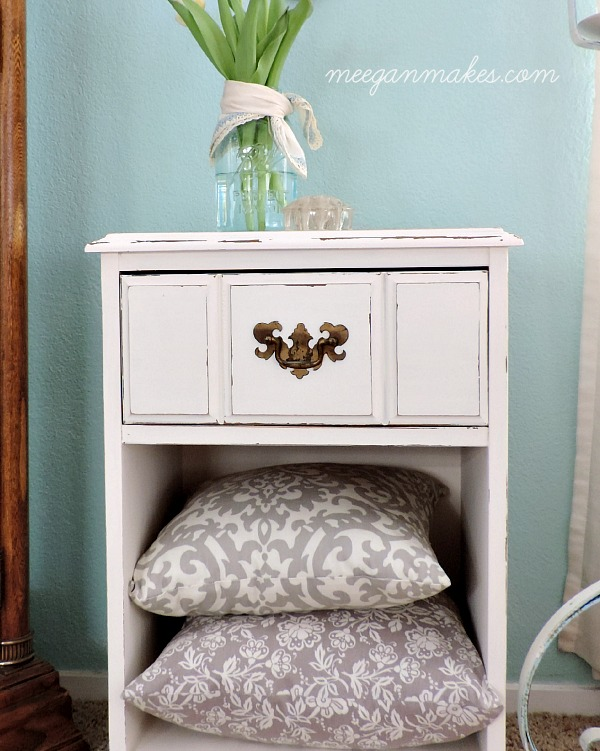 PB Inspired End Table Makeover