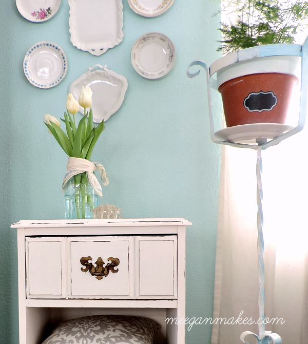 PB Inspired Side Table Makeover