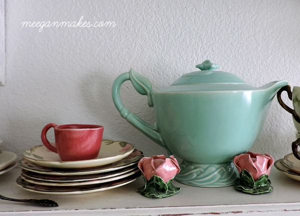 Tea Cups and Saucers Collection