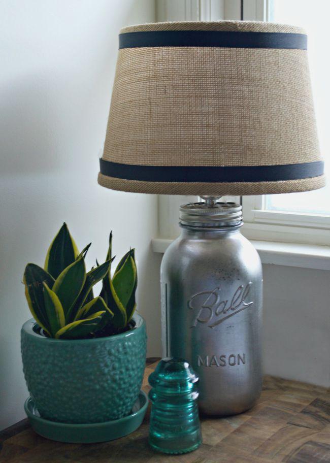 DIY-mason-jar-lamp-