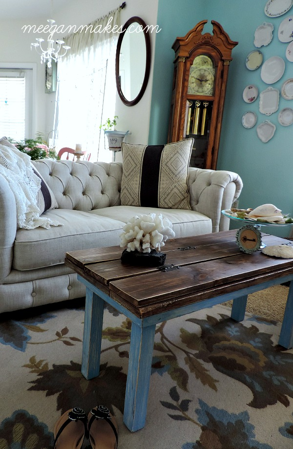 Living Room Cottage Style