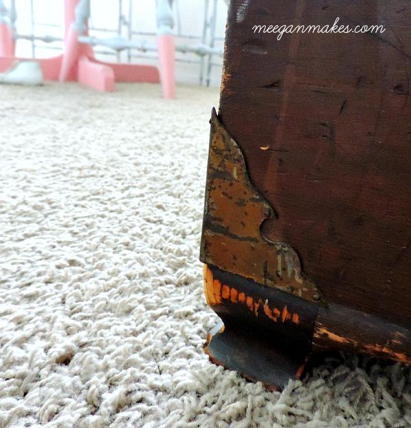 Wooden Chest Details