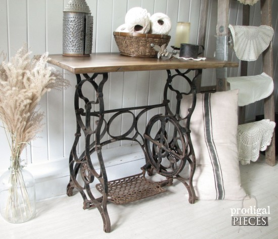 barn-wood-sewing-machine-e1432023870804