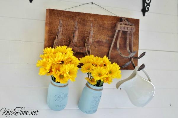 repurposed-tools-wall-hooks