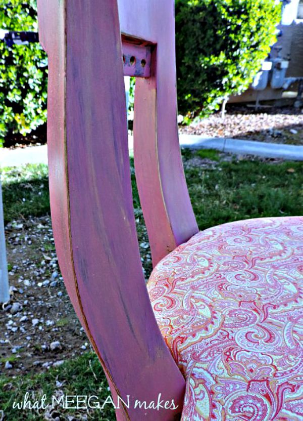 Chair With Chalk Paint and Gold Wax Makeover