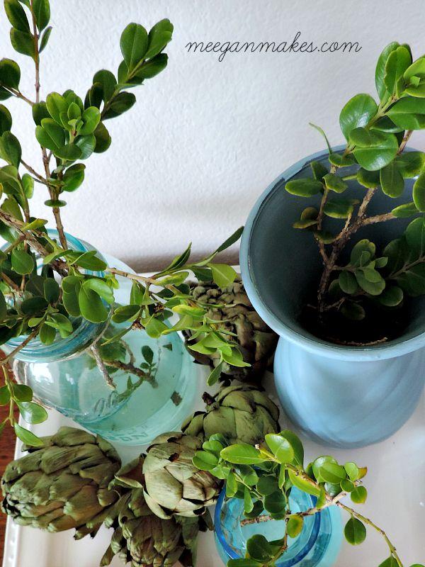 Blue Vase Center Piece