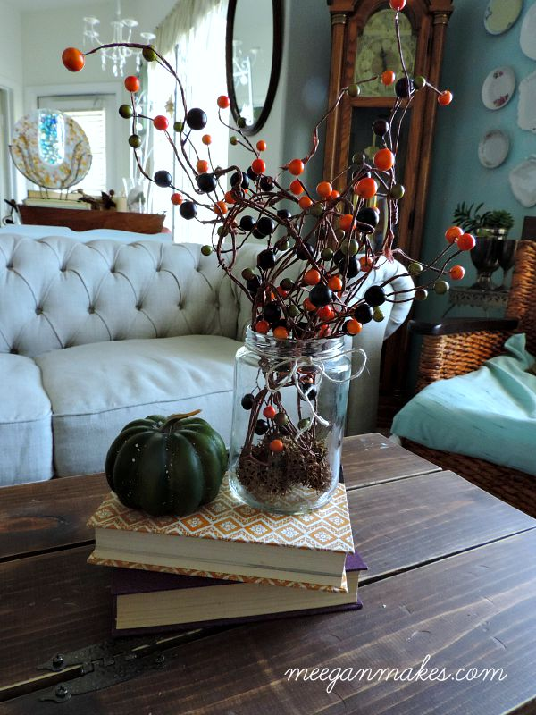Berry Vine Fall Centerpiece