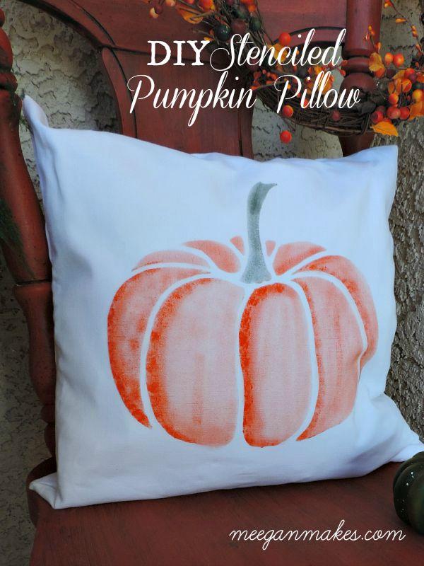 DIY Pumpkin Pillow on My Fall Porch by meeganmakes.com