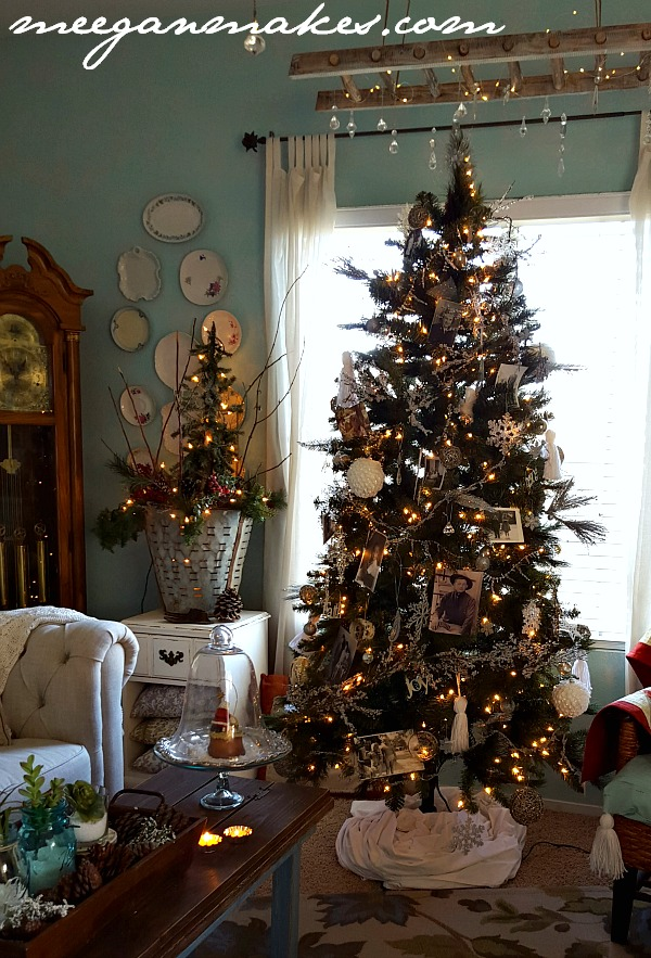 Christmas in the Living Room 2015