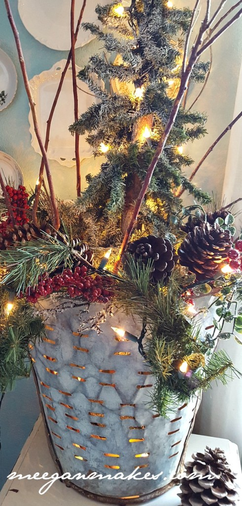 Meeganmakes.com Christmas Olive Bucket