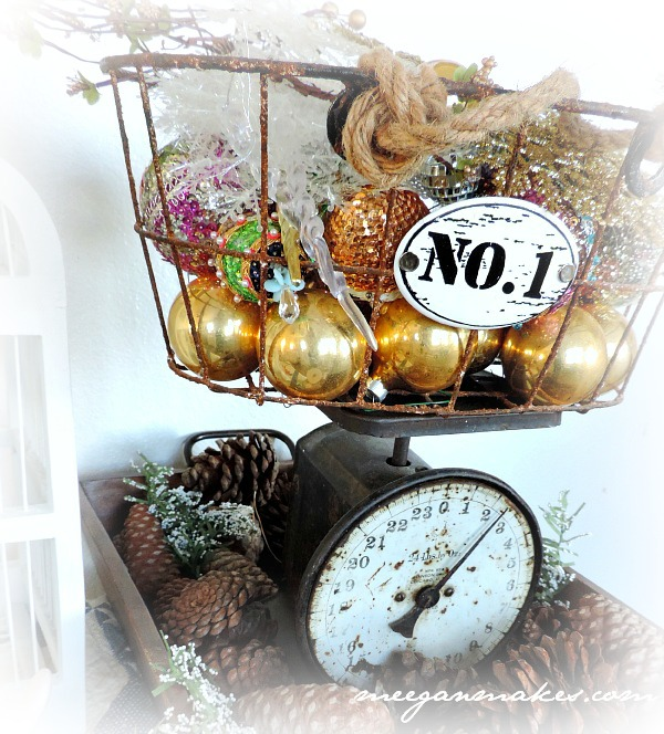 Christmas Tour Vintage Scale and Ornament Basket