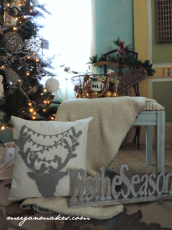 How To Stencil a Deer Pillow from Cutting Edge Stencils