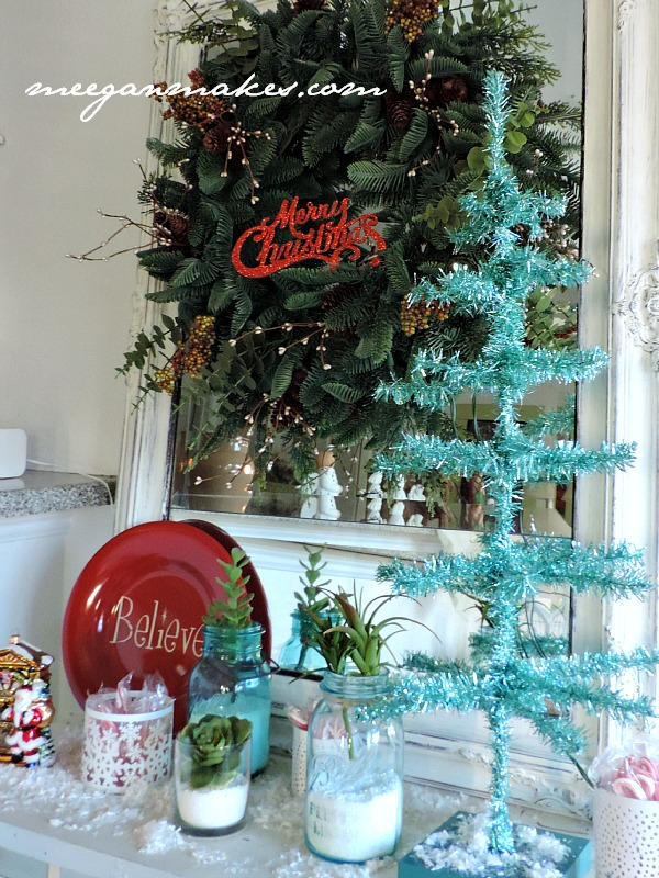 blue and red Christmas Vignette