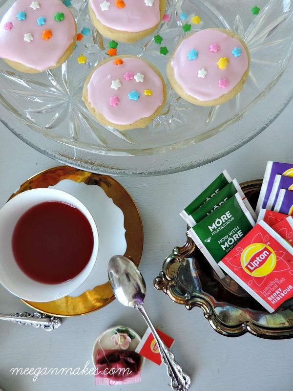 Berry Hibiscus Lipton Tea with Homemade Sugar Cookies