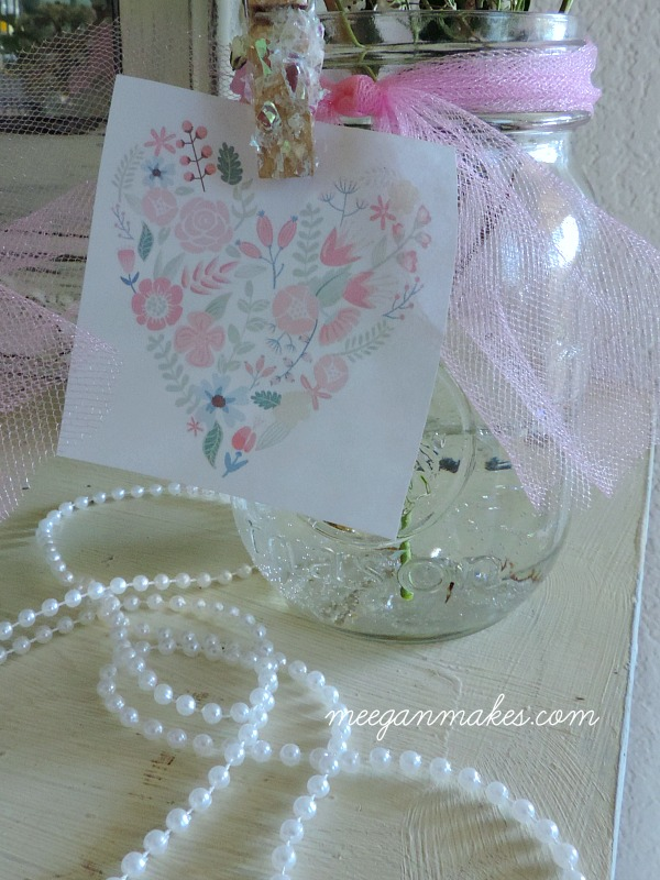 Add graphics to a jar for decorating at a bridal or baby shower.