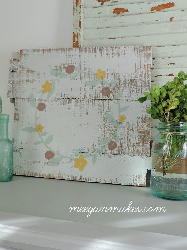 How To Make Your Own DIY Pallet Art. I can't wait to try it.