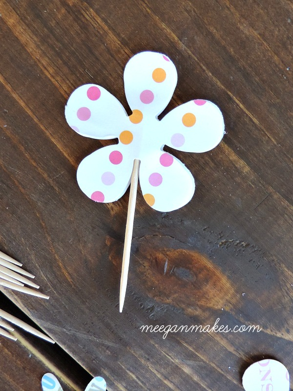 How To Make a Cupcake Flower Pick