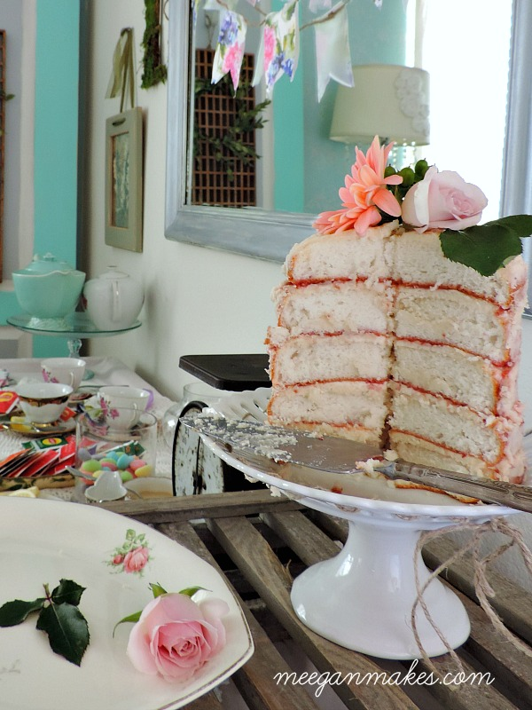 Tea Party Naked Cake Vignette