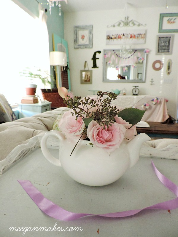 Tea Pot Centerpiece