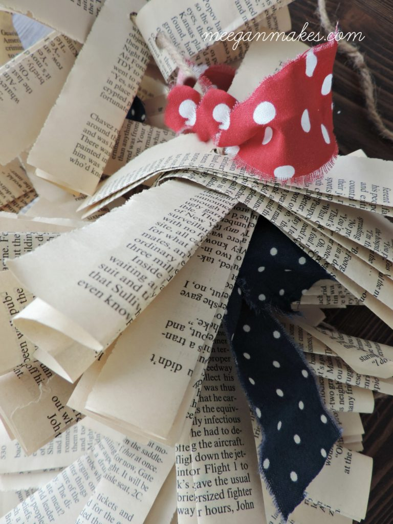 How To Make a Patriotic Book Page Banner
