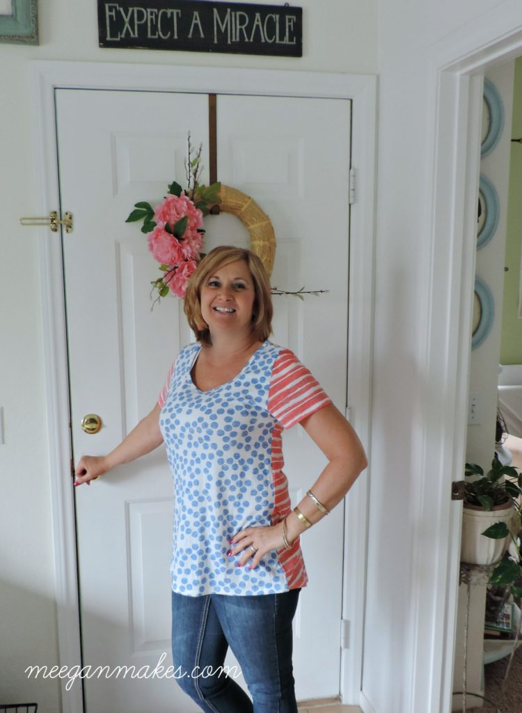 Classic Tee from LuLaRoe worn by meeganmakes.com