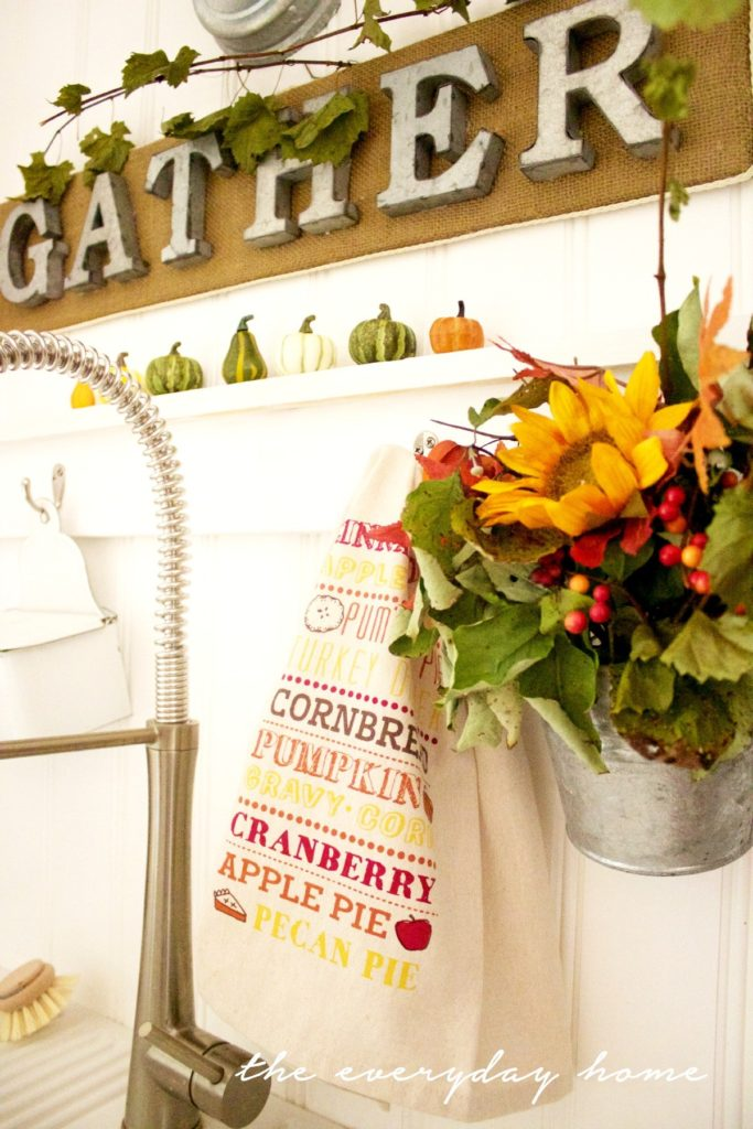 How-to-Make-a-Burlap-Sign-and-Galvanized-Wall-Bucket-The-Everyday-Home-www.everydayhomeblog.com_