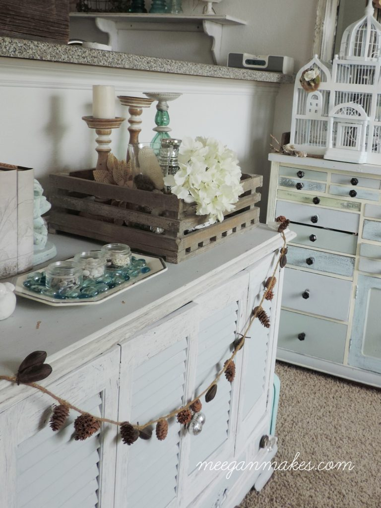 anthropologie-inspired-pecan-and-pine-cone-garland