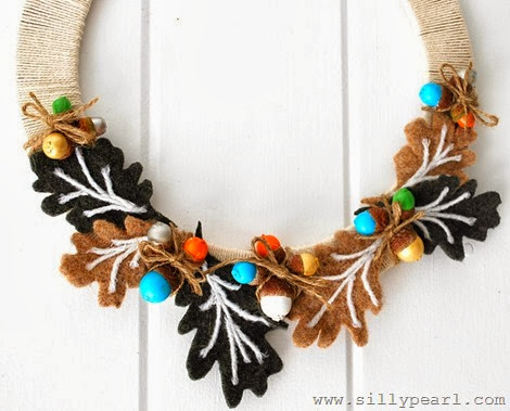 fall-acorn-wreath-the-silly-pearl