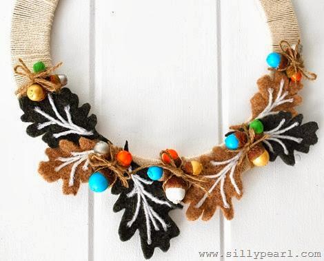 fall-acorn-wreath-the-silly-pearl