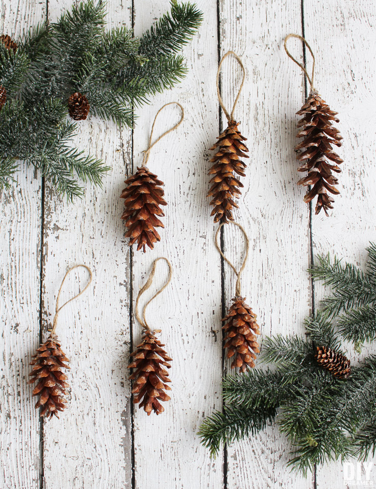 Pine cone crafts and ideas what meegan makes for Pine cone christmas ornaments crafts
