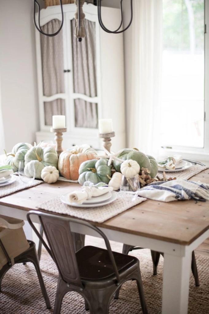 coastal-fall-tablescape-from-lauren-mcbride