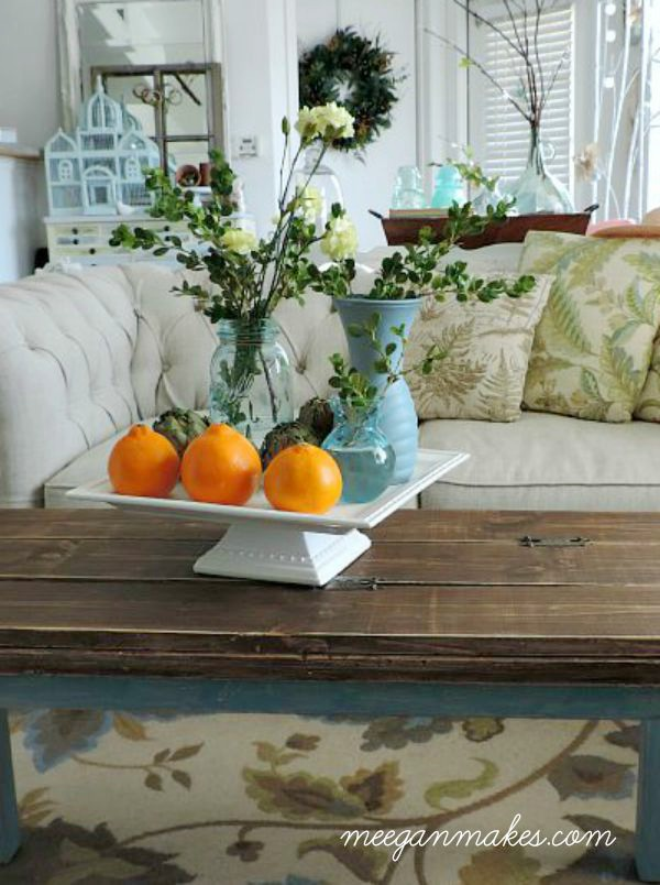 fall-pillows-and-carnations