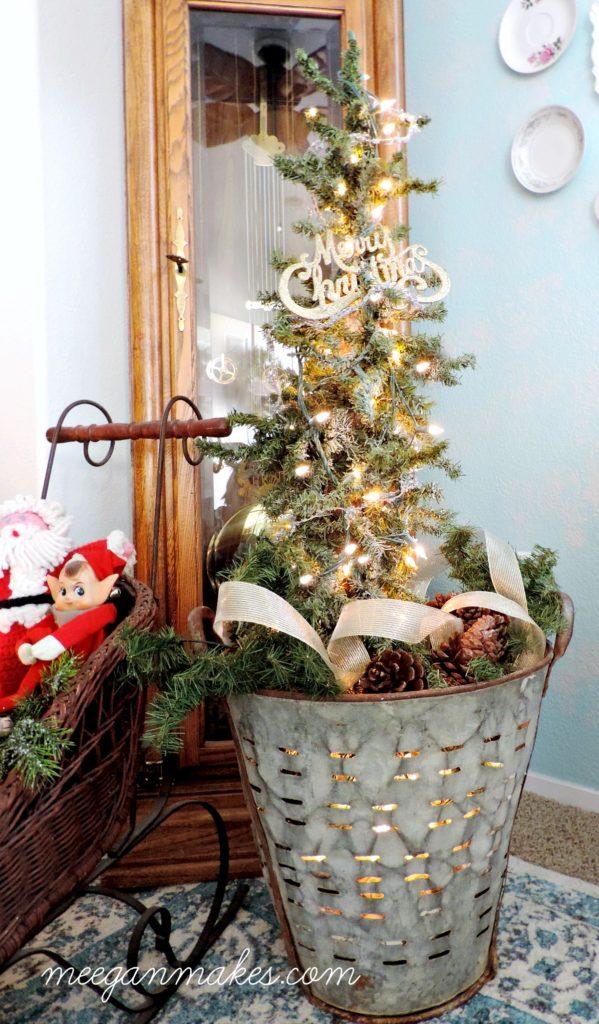 olive-bucket-with-mini-christmas-tree