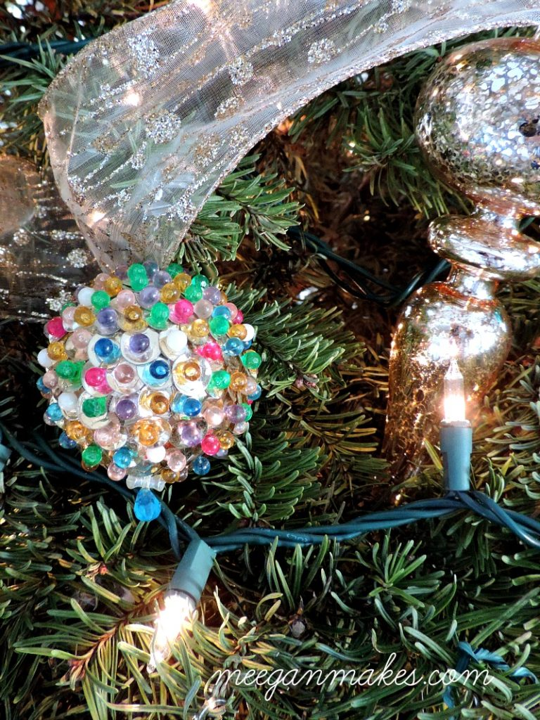 sequin-ornament-by-my-grandma-from-meeganmakes-com