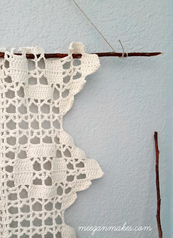 Diy vintage crochet wall hanging what meegan makes - Crochet mural vintage ...